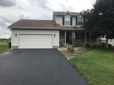 Photo of 6905 Winterpark Ave, Youngstown, OH 44515