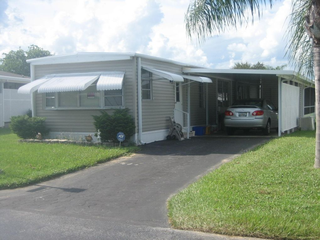 8361 E Club Rd, Boca Raton, FL 33433