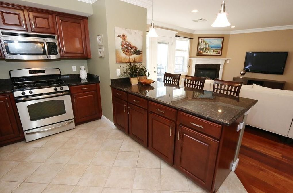 Kitchen Cabinets Quincy Ma 580 quarry st unit a3, quincy, ma 02169 - realtor®