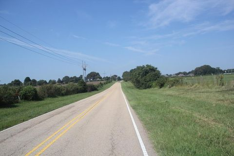 100 S Highway 51, Senatobia, MS 38668