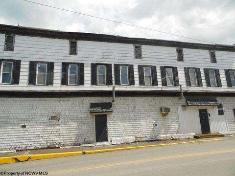 210 N River Ave, Weston, WV 26452