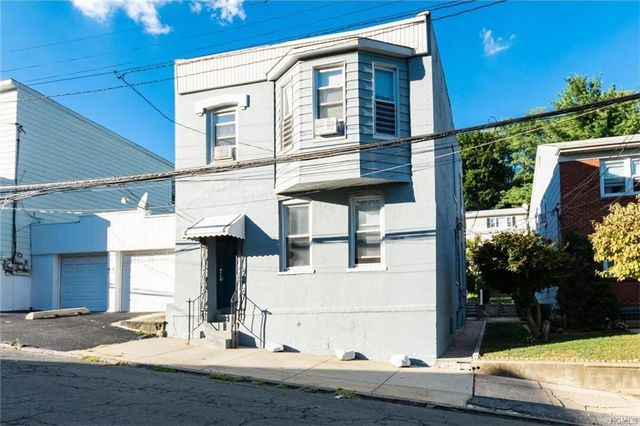 35 montague st yonkers ny 10703 home for sale real