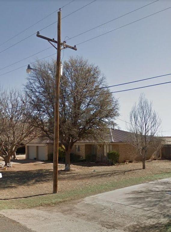 1512 Arnett St, Ropesville, TX 79358