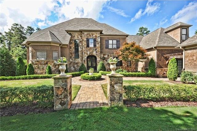 106 Wescoe Dr, Mooresville, NC 28117