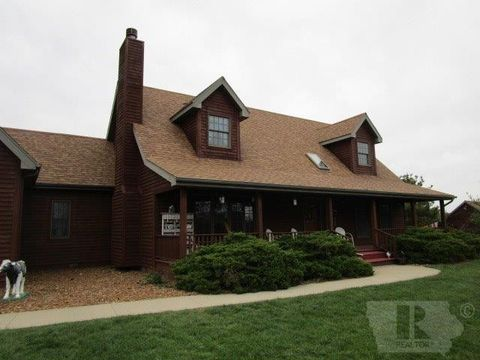 13877 Gray Ave, Douds, IA 52551