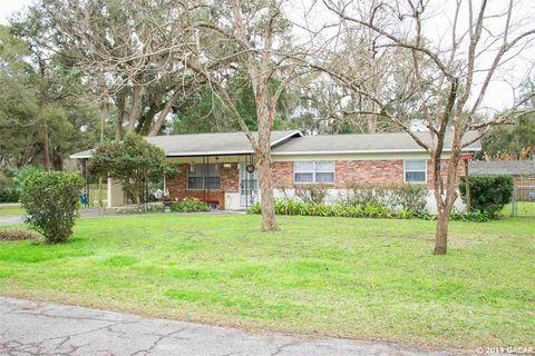 Photo of 310 Sw 3rd Ave, Trenton, FL 32693