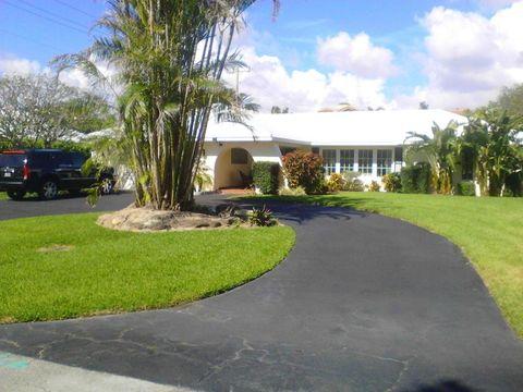 1395 S Atlantic Dr, Lantana, FL 33462