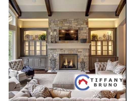 Tiffany Bruno Rochester MI Real Estate Agent realtor