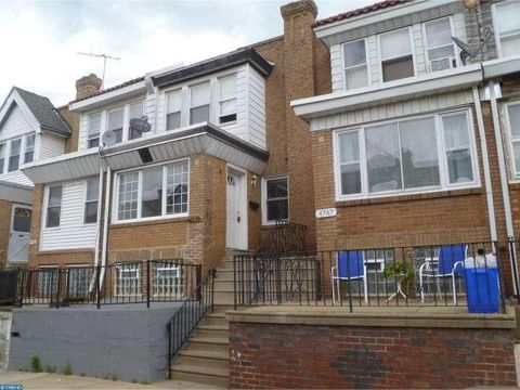 4745 Loring St, Philadelphia, PA 19136
