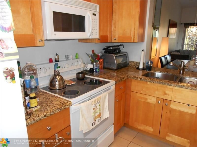 2315 Sw 15th St Apt 60, Deerfield Beach, FL 33442
