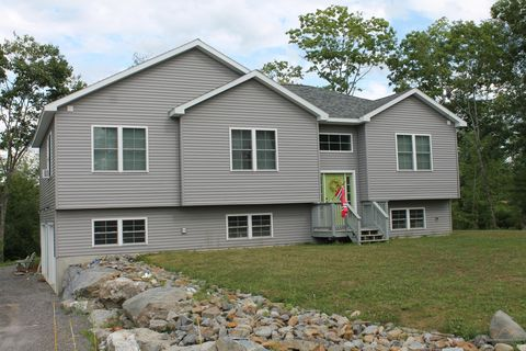 Photo of 130 Norway Dr, Woolwich, ME 04579
