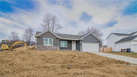 Photo of 5349 Winding Creek Dr, Ravenna, OH 44266