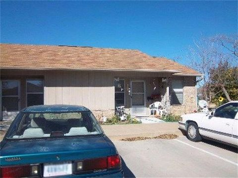 Photo of 4 Huett Cir, Comanche, TX 76442