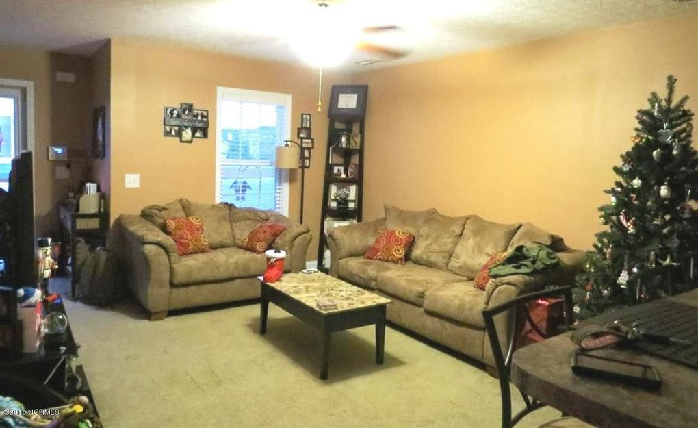 Living Room Furniture Jacksonville Nc 216 glen cannon dr, jacksonville, nc 28546 - realtor®