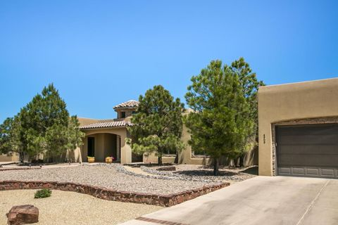 4909 Laurene Ct Nw, Albuquerque, NM 87120