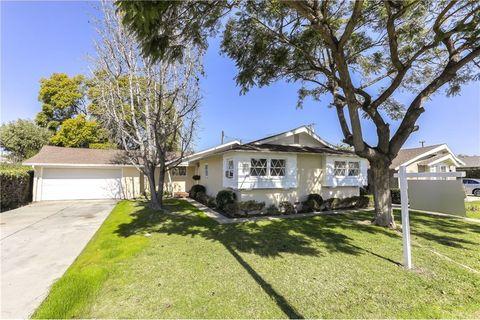 Photo of 1587 W Cerritos Ave, Anaheim, CA 92802