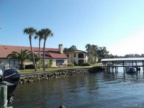 389 Nw 14th Pl Crystal River FL 34428