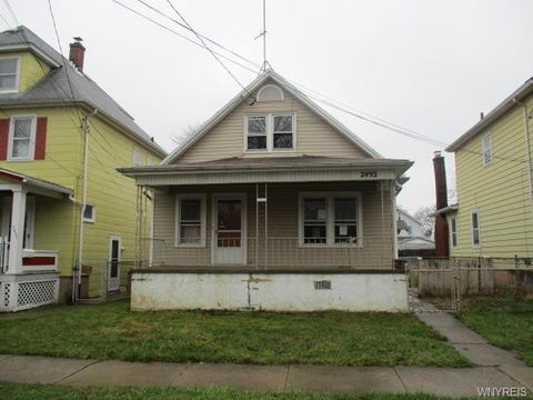 Photo of 2493 Whitney Ave, Niagara Falls, NY 14301