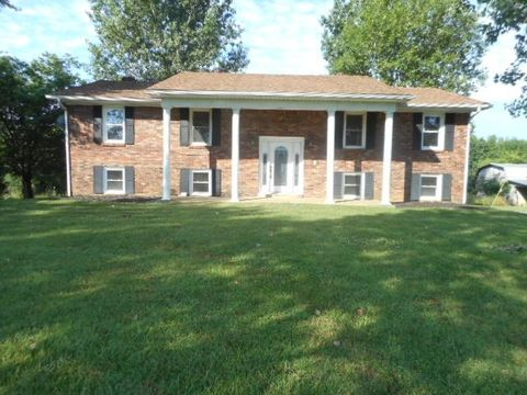 1041 Phillips Rd, Smiths Grove, KY 42171