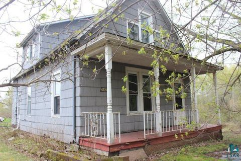 Photo of 2407 E 10th St, Superior, WI 54880