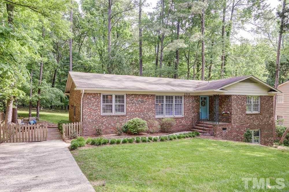 1701 Fountain Ridge Rd, Chapel Hill, NC 27517