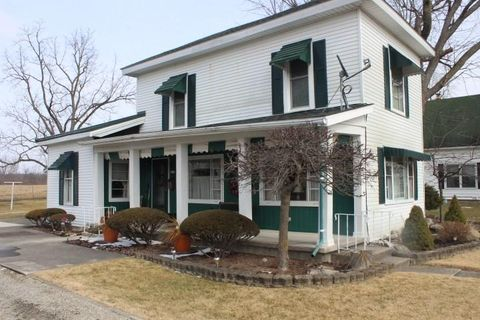 306 E Main St, Redkey, IN 47373