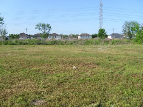 Photo of Petitt Rd, Sugar Land, TX 77498