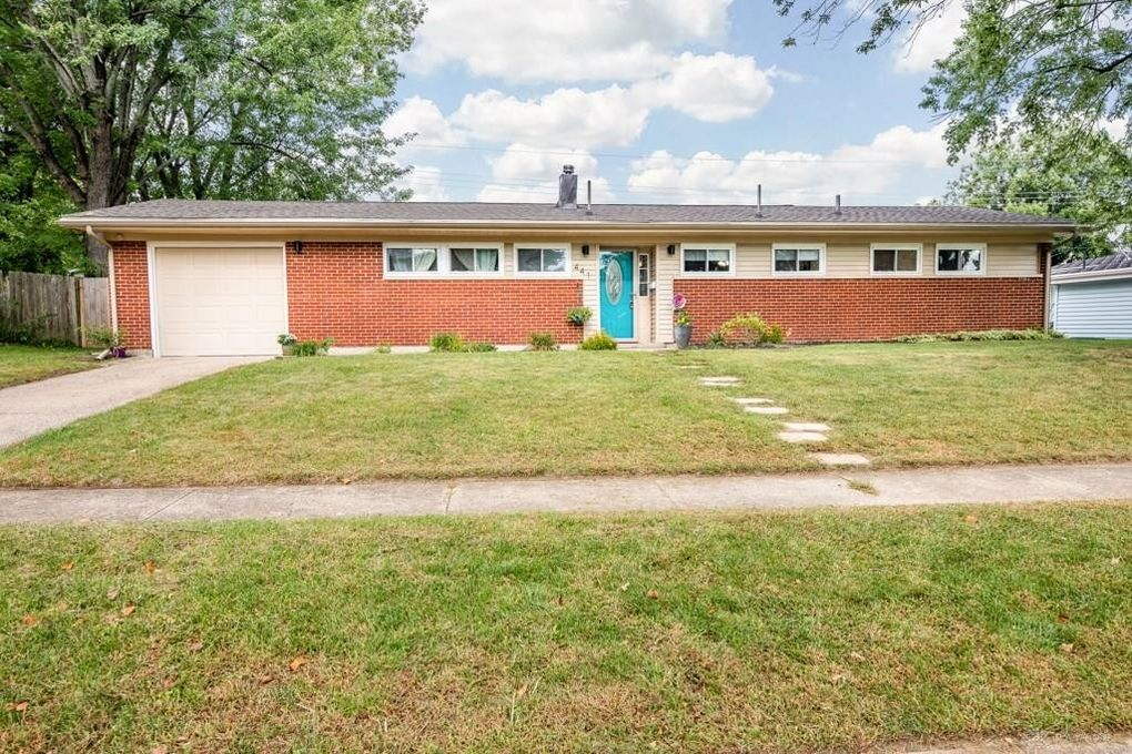441 Townsend Pl, Dayton, OH 45431
