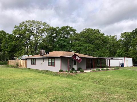 Photo of 2406 W Us Highway 79, Buffalo, TX 75831
