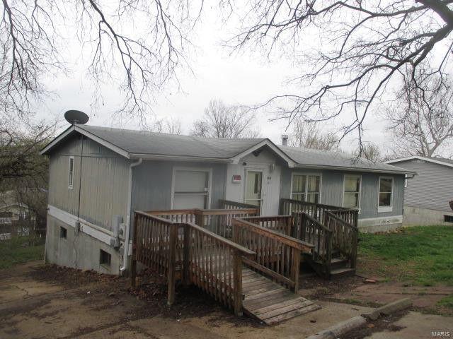 1732 Cedar Dr, Pevely, MO 63070