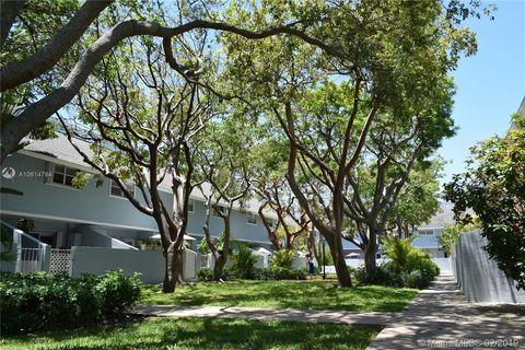 Photo of 798 Crandon Blvd Unit 44 B, Key Biscayne, FL 33149