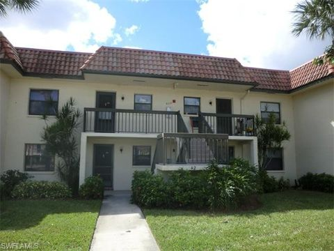 4226 27th Ct Sw Apt 202, Naples, FL 34116