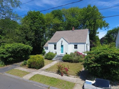 Photo of 10 David St, Waterford, CT 06385