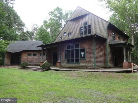 8348 Tanhouse Rd, Snow Hill, MD 21863