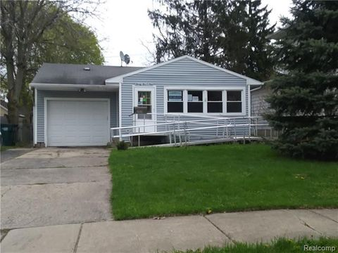 Photo of 2509 Forest Ave, Lansing, MI 48910