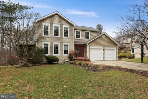 Photo of 9909 Mainsail Dr, Gaithersburg, MD 20879