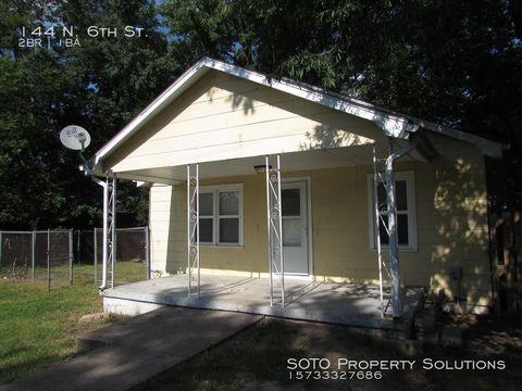 Photo of 144 N 6th St, Sikeston, MO 63801