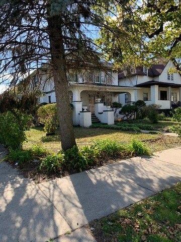 533 W 115th St, Chicago, IL 60628