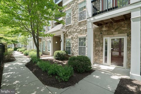 5115 A Travis Edward Way Unit A, Centreville, VA 20120