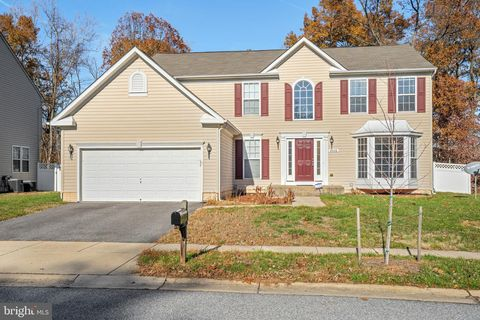 Photo of 8406 Gannon Ct, Severn, MD 21144
