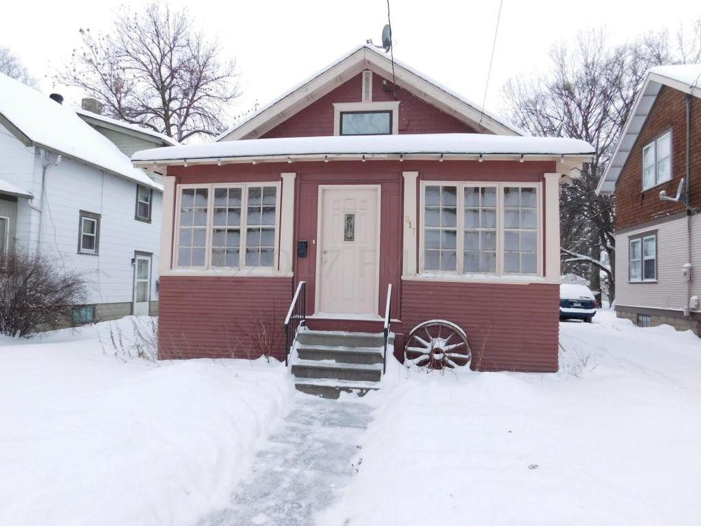 817 14th St S, Fargo, ND 58103 - realtor.com®
