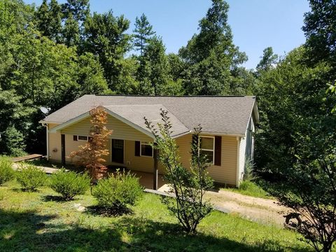 Photo of 765 Bailey Rd, Franklin, NC 28734