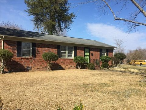 Photo Of 2755 Mc Kinney St Burlington Nc 27217