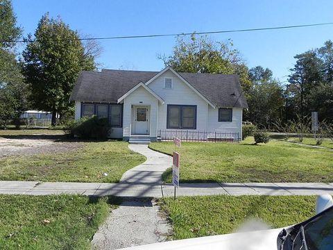 311 S William Barnett Ave, Cleveland, TX 77327