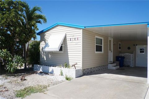 Photo of 3145 York Rd, Saint James City, FL 33956