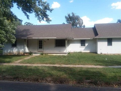 Photo of 430 N Dale St, Andale, KS 67001
