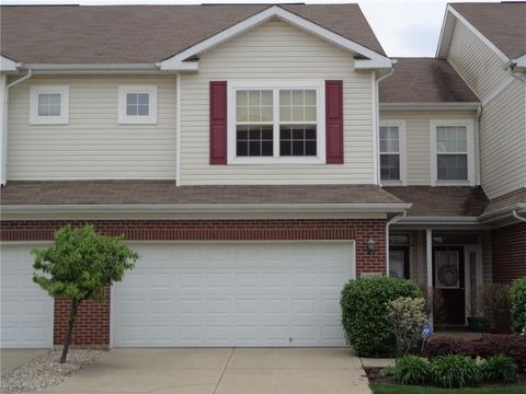 10907 Perry Pear Dr, Zionsville, IN 46077