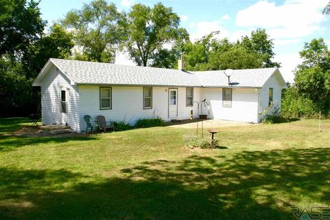 24799 457th Ave, Colton, SD 57018