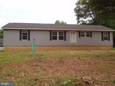4012 Spruce St, Broad Top, PA 16621