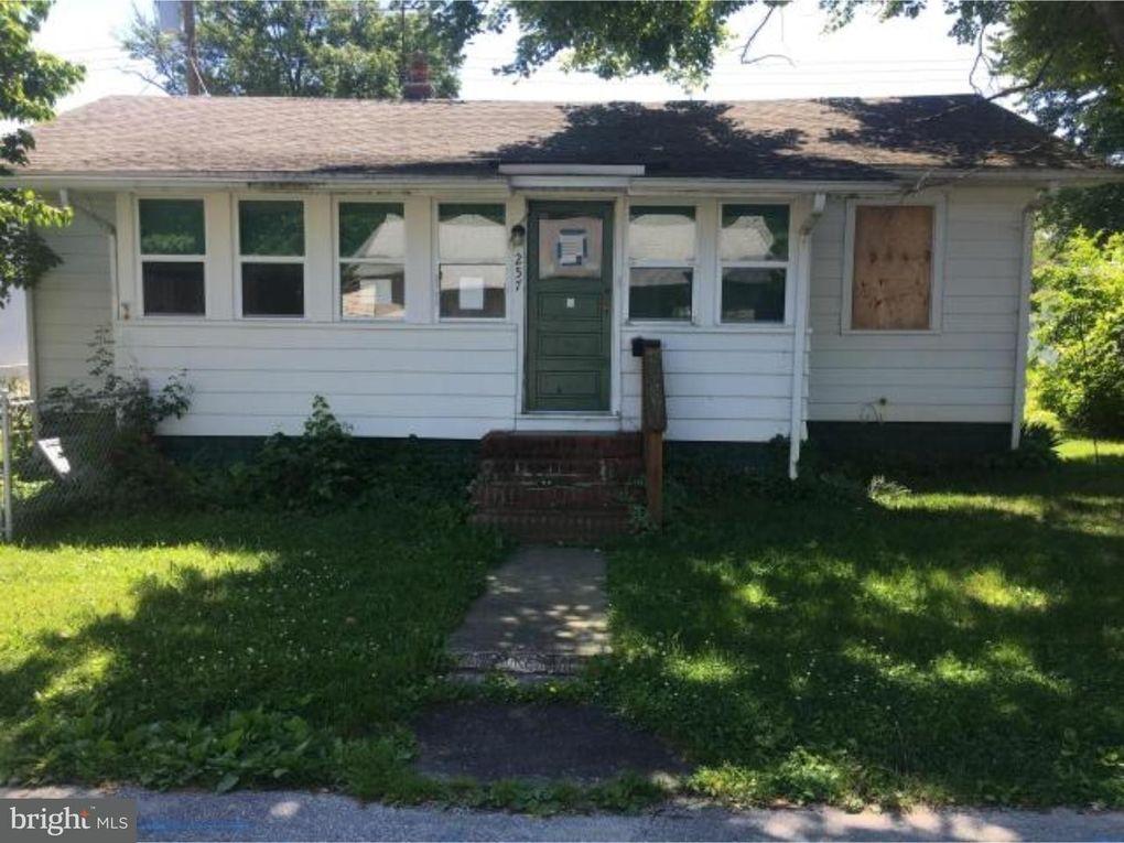 257 B St, Penns Grove, NJ 08069